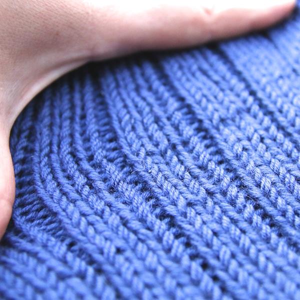 muetzen-blau-rippenmuster-detail - Gemacht mit Liebe