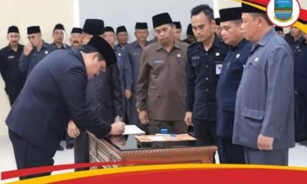 Bupati H. Jeje Lantik dan Sumpah Pejabat Pemkab Pangandaran