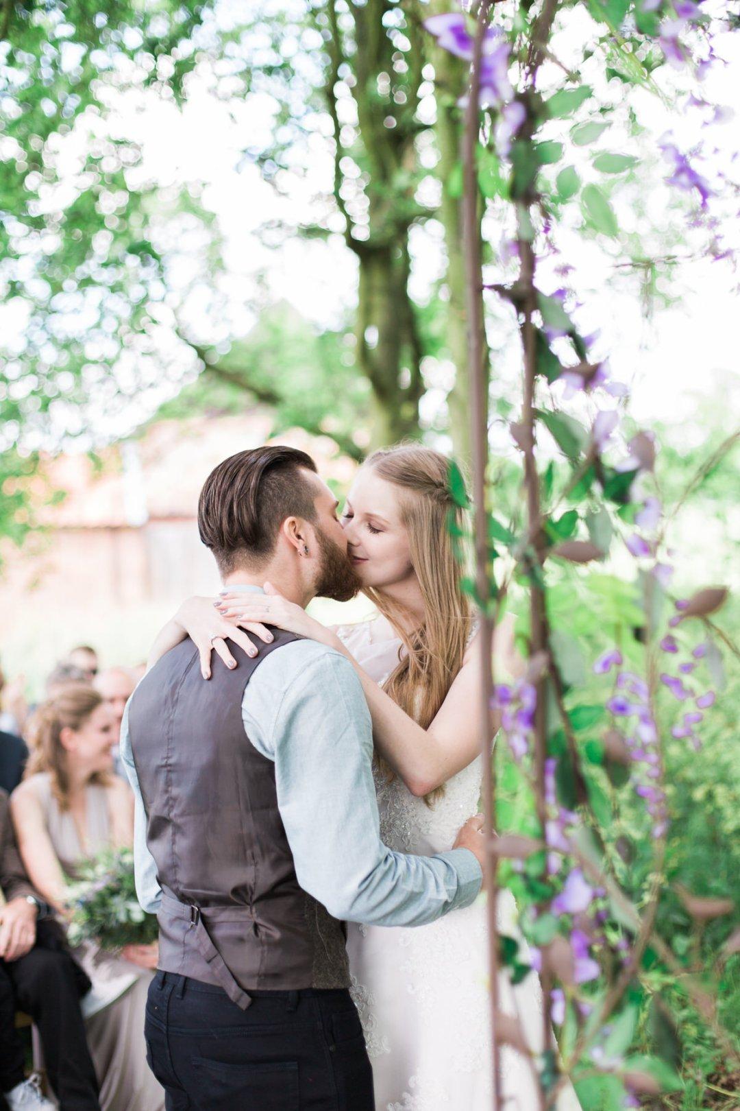 wood farm barn wedding photos