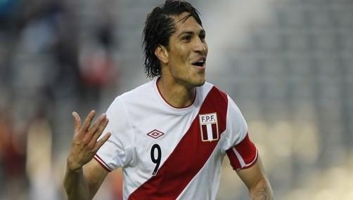 Peruano Paolo Guerrero es el goleador de la Copa América Argentina 2011
