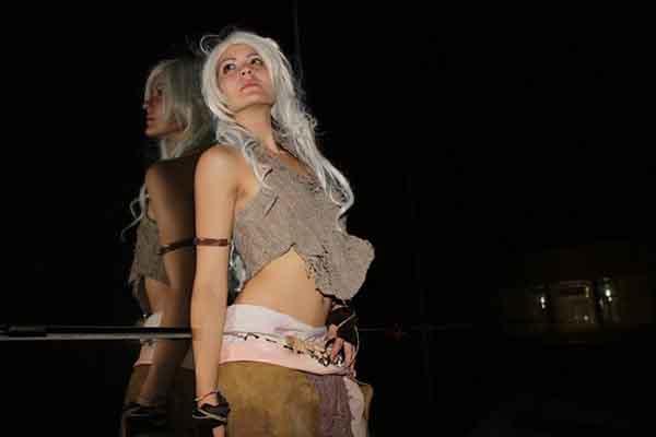 cosplay-Khaleesi-17