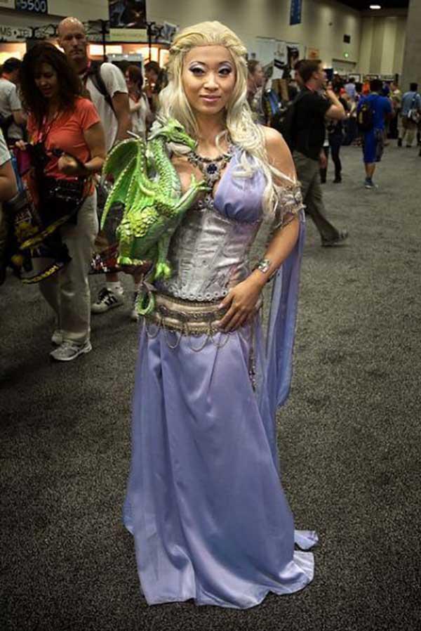 cosplay-Khaleesi-22
