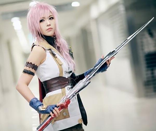 cosplay-lightning-1