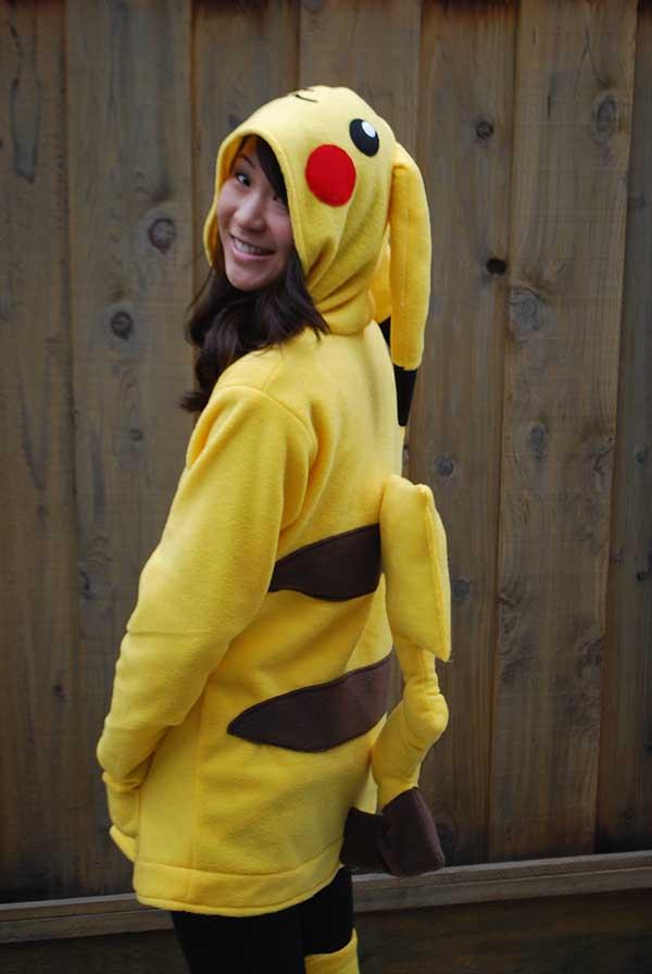 Cosplay-Pikachu-14