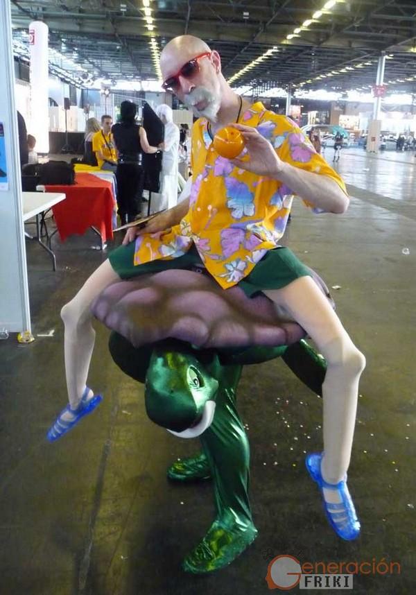 Cosplay-Mutenroshi-DragonBall00050