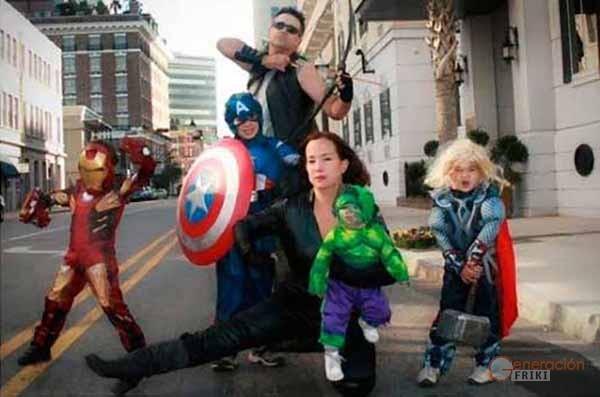 1-Familia-Los-Vengadores