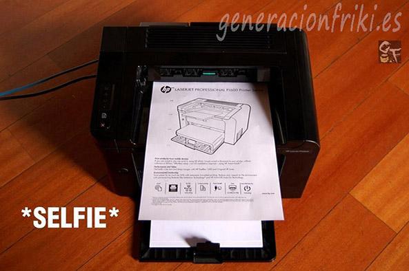 438) 26-05-14 selfie-fotocopiadora-Humor