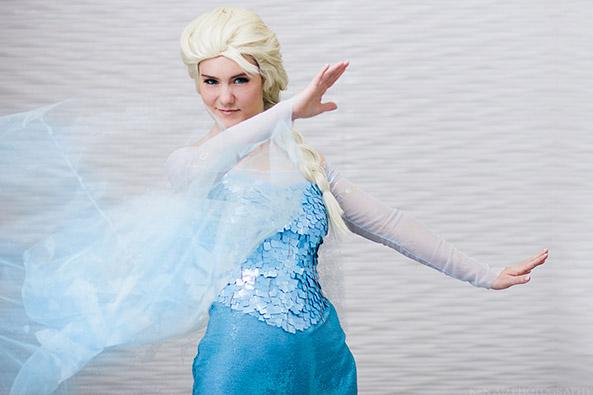13-Cosplay-Elsa-Frozen
