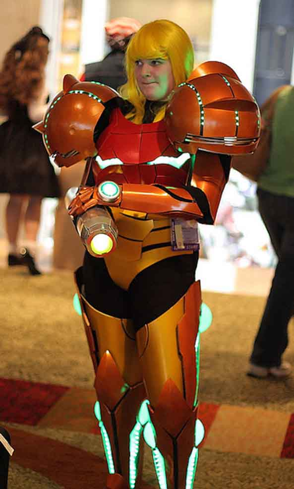 22-Cosplay-Samus-Metroid