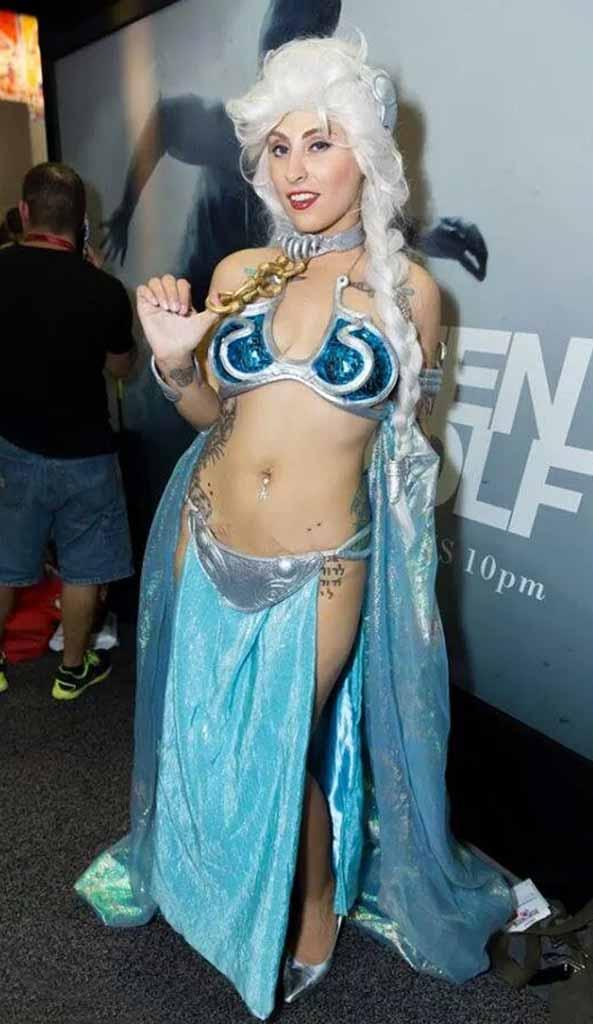 41-Cosplay-Elsa-Frozen