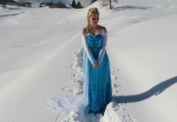 42-Cosplay-Elsa-Frozen