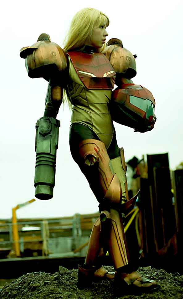 48-Cosplay-Samus-Metroid