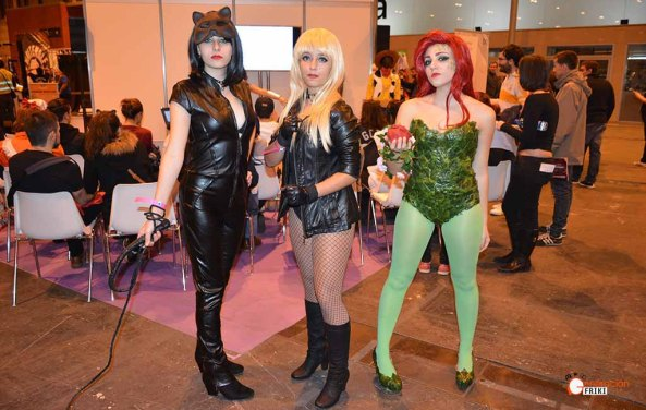 expocomic-2016-generacion-friki-catwoman-blackcanary-poisonivy