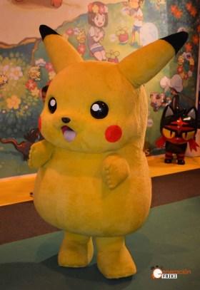juvenalia-2016-generacion-friki-pokemon-pikachu-peluche
