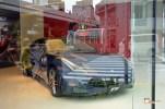 Generacion-Friki-En-Japon-coches-Roppongi-Shiotome-concesionario-3