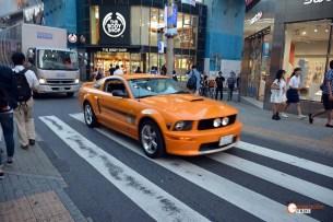 Generacion-Friki-En-Japon-coches-Shibuya-Mustang