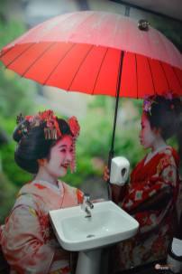 Restaurante-Livin-Japan-Generacion-Friki-Aseo-2