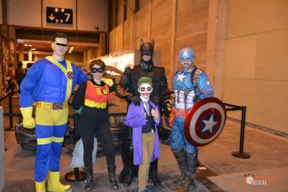 85-Cosplay-Heroes-Comic-con-2017-Batman-Joker-Robin-(DC)-CapitanAmerica-Ciclope-XMen-(Marvel)