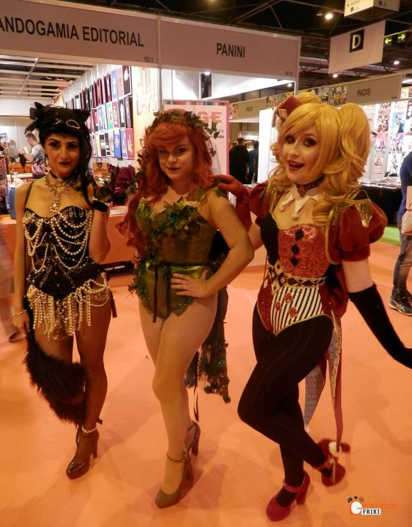 Madrid-Gaming-Experience-2017-Cosplay-Catwoman-Poison-Ivy-Harley-Quinn
