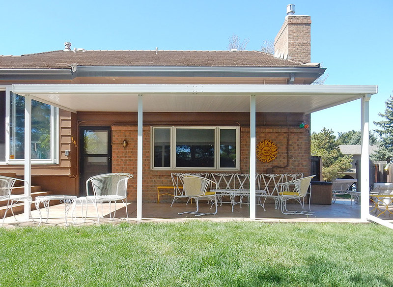teton patio cover with flat roof panels