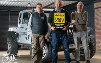 team-indian-adventure-club-4X4-jeep