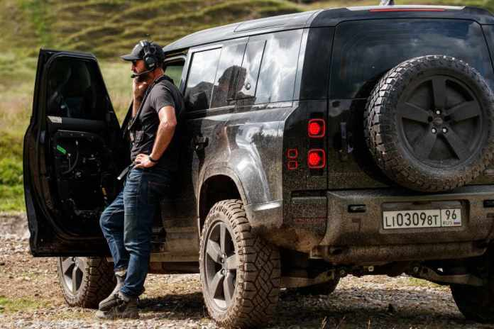 Land Rover Defender featured in No Time To Die