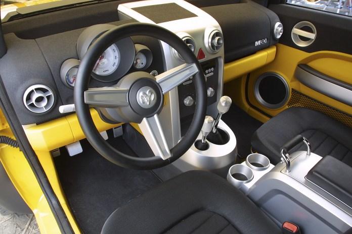 Le concept car du Dodge M80, petit pick up présenté au salon de Détroit en 2002