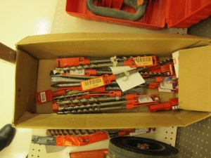 rental 07-1004 and 1005 Hilti hammer drill bits TE30