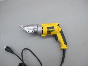 Rental 19-1010 electric sheet metal cutter