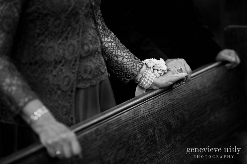 erin-dave-029-windows-on-the-river-cleveland-wedding-photographer-genevieve-nisly-photography