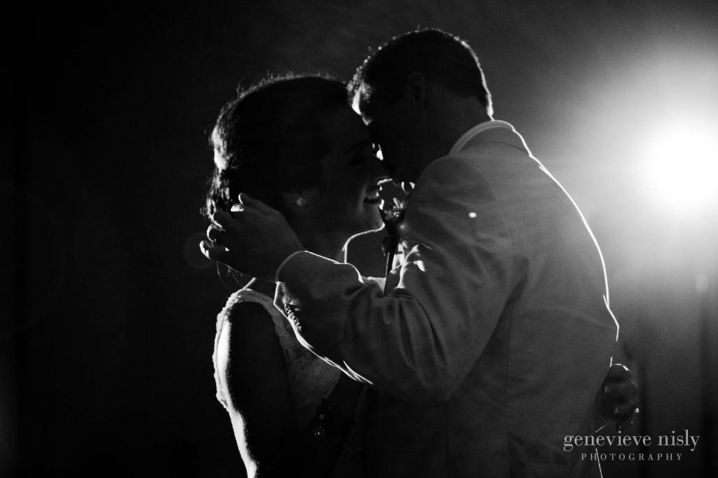 Bertram inn, Copyright Genevieve Nisly Photography, Ohio, Spring, Wedding