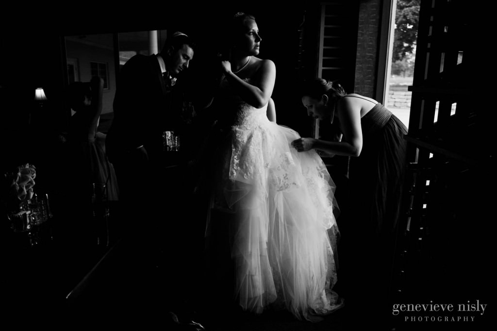 Copyright Genevieve Nisly Photography, Spring, Wedding, Youngstown