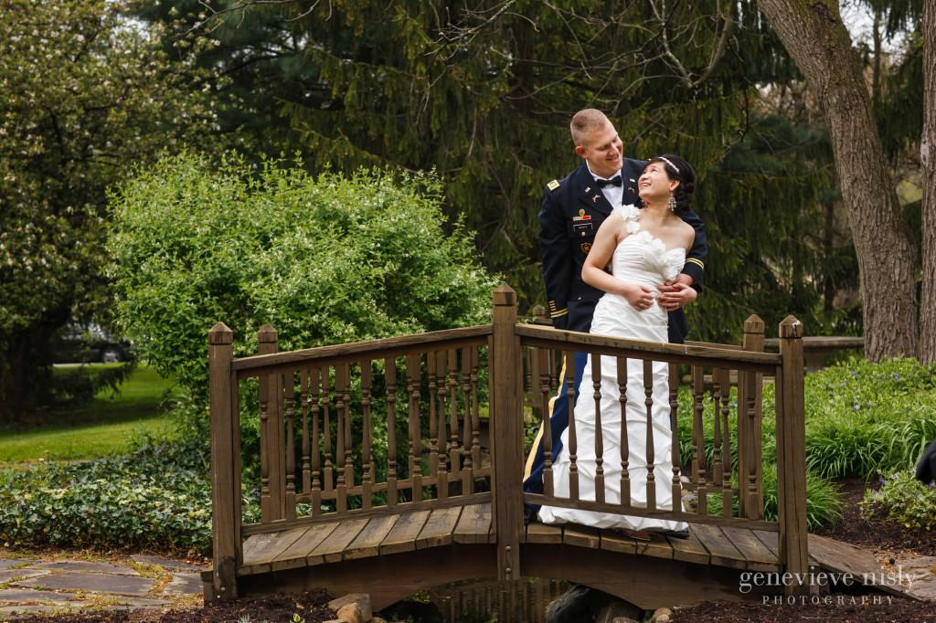 Chagrin Falls, Copyright Genevieve Nisly Photography, Ohio, Spring, Wedding