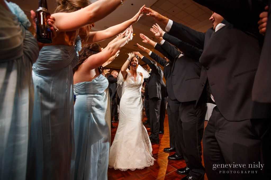 Aurora, Bertram inn, Copyright Genevieve Nisly Photography, Ohio, Wedding