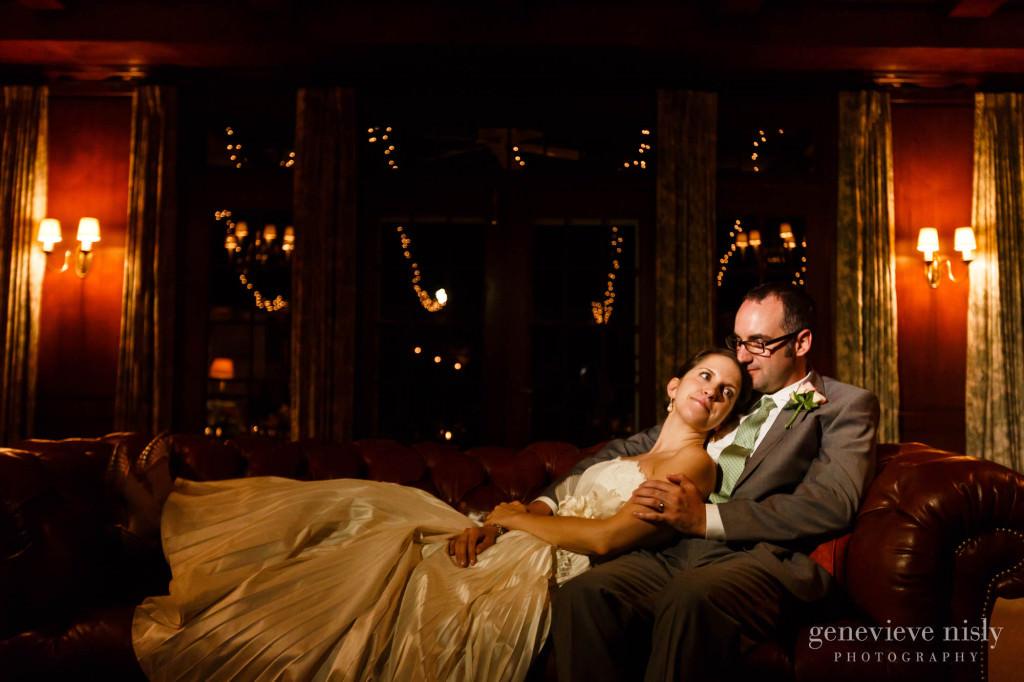 Chagrin Valley Hunt Club, Copyright Genevieve Nisly Photography, Gates Mills, Ohio, Summer, Wedding