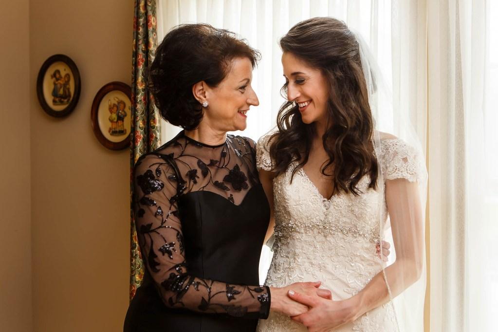 021-cleveland-wedding-photographer-genevieve-nisly-photography