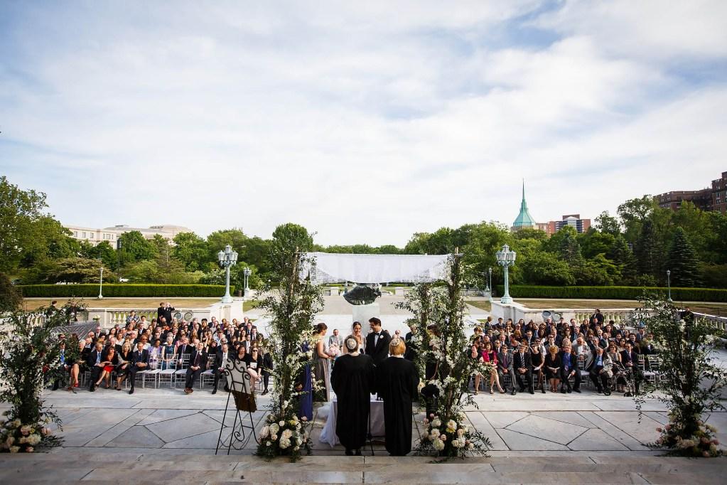 048-cleveland-museum-of-art-ohio-wedding-photographer-genevieve-nisly-photography