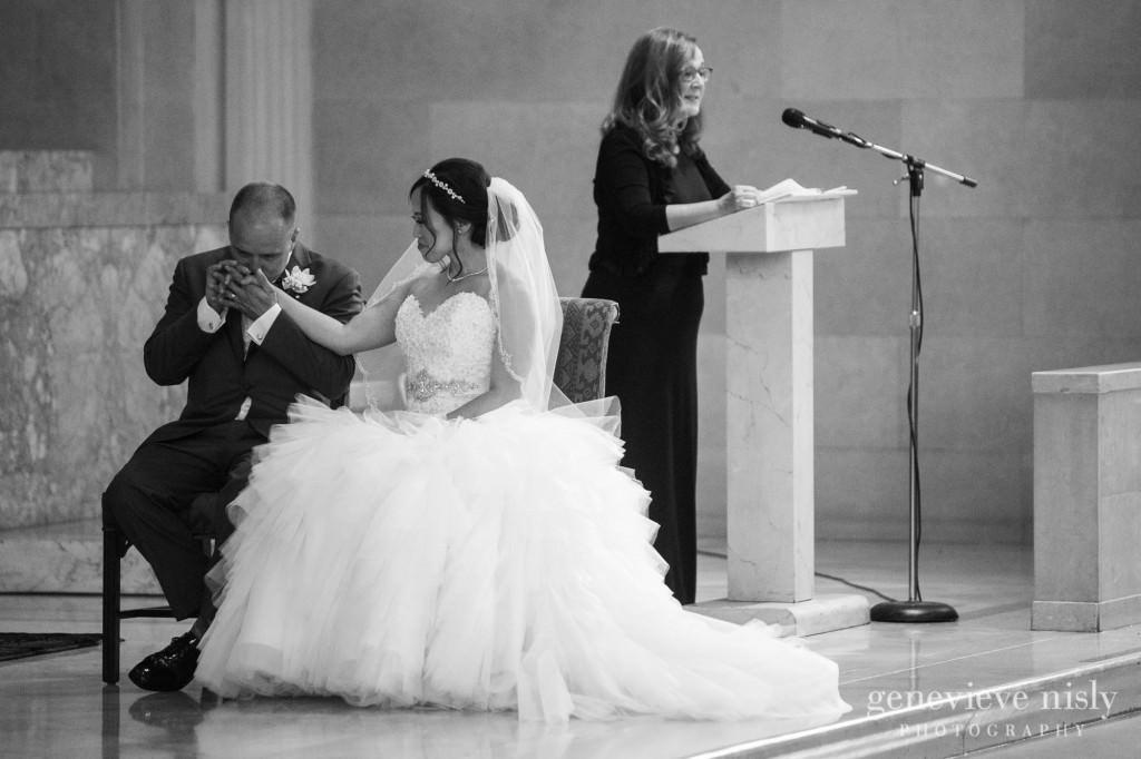 Sharon-Brian-011-Union-Club-cleveland-wedding-photographer-genevievve-nisly-photography
