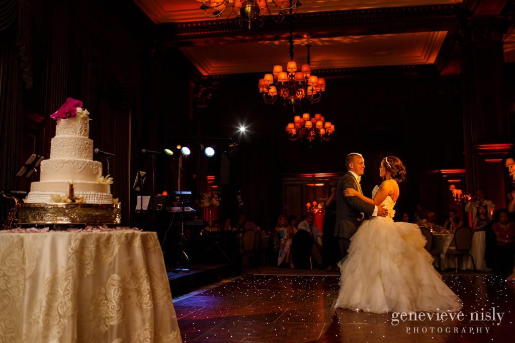 Sharon-Brian-038-Union-Club-cleveland-wedding-photographer-genevievve-nisly-photography