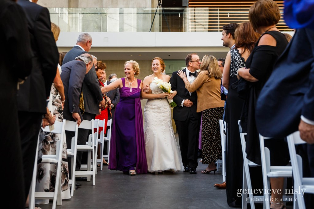 steven-beth-029-museum-of-art-cleveland-wedding-photographer-genevieve-nisly-photography