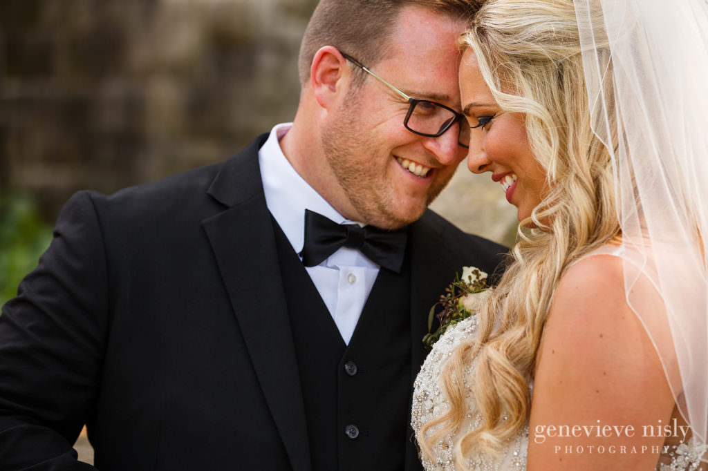 Alyssa-Brian-017-cultural-gardens-cleveland-wedding-photographer-genevieve-nisly-photography