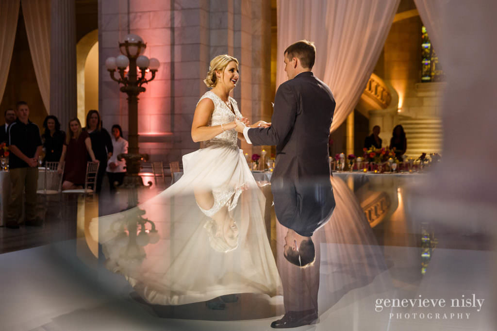 Copyright Genevieve Nisly Photography, East 4th St., Old Courthouse, Summer, Wedding
