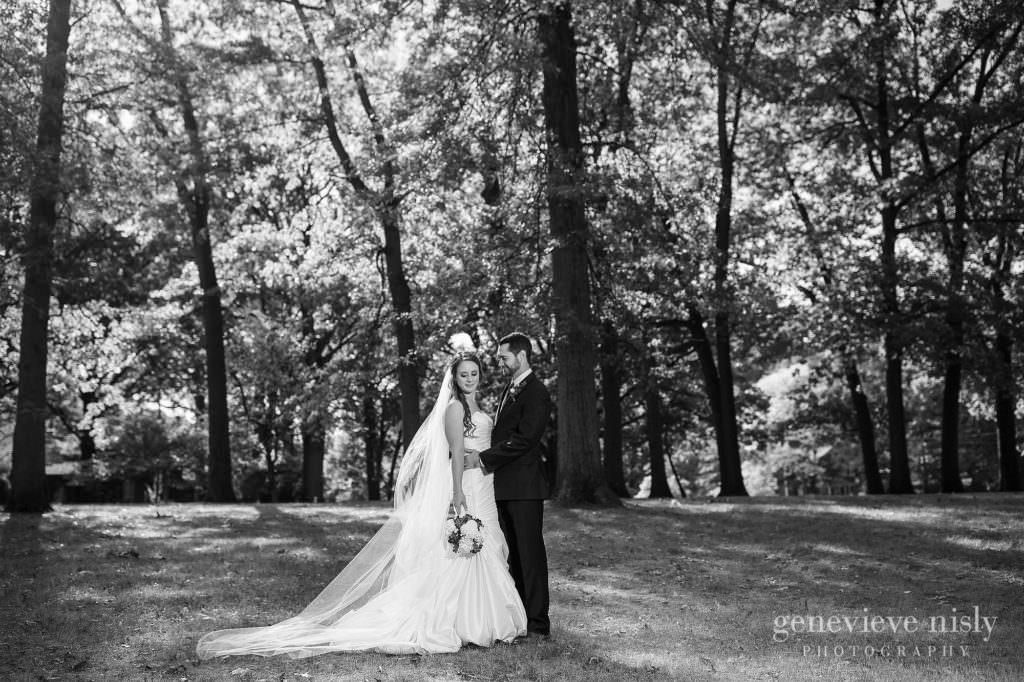 lauren-craig-027-shaker-lakes-cleveland-wedding-photographer-genevieve-nisly-photography