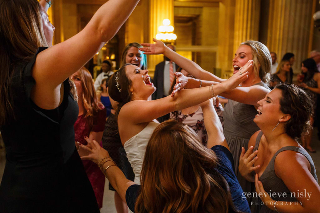lauren-craig-057-city-hall-rotunda-cleveland-wedding-photographer-genevieve-nisly-photography