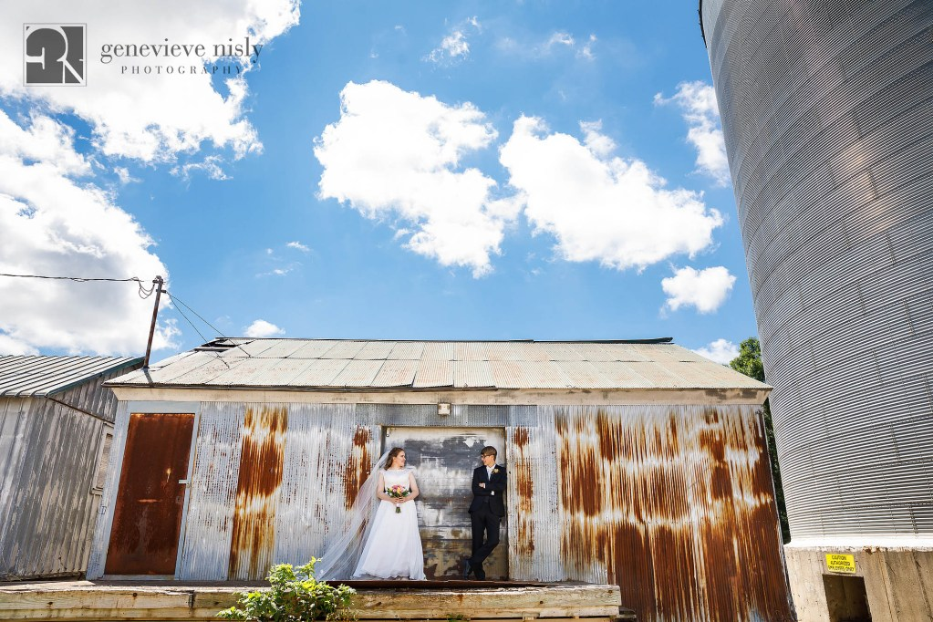 Copyright Genevieve Nisly Photography, Wedding, Summer, Minnesota, Fergus Falls