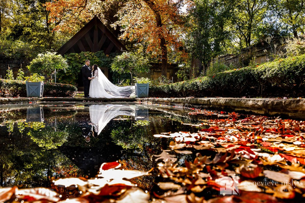 Autumn wedding in the English Gardens at Stan Hywet Halls and Gardens
