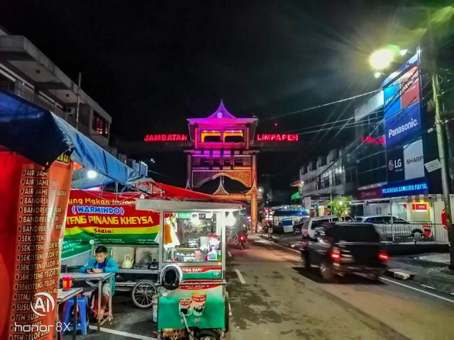 Lelaki Ini Bercuti Ke Lokasi Menarik Di Padang, Indonesia Dengan Modal Hanya RM600 Je! 4