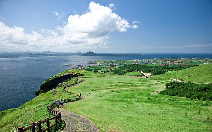 15 Tempat Menarik Di Jeju Yang Semestinya Buat Anda Jatuh Cinta dengannya 11