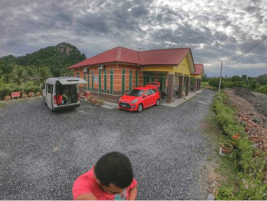 3 Lokasi Pendakian Wajib Jika Anda Ke Kedah & Perlis. View Sangat Cantik, 'Newbie' Pon Boleh Daki! 4