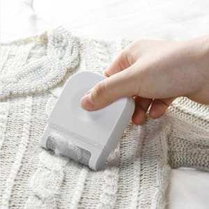Annhao Brosse à Vêtements, Brosse Textile Anti-bouloches, Peigne à laine Anti-peluches (white)